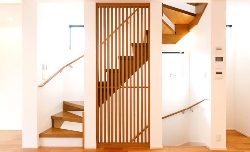 H様邸スリット階段